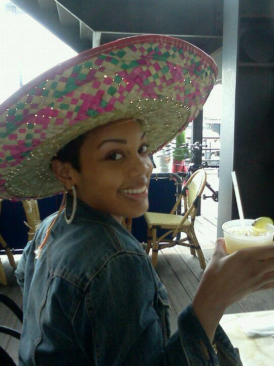 Last year's cinco de mayo we went to a foodie fest outdoors combining so many of my favorite activities with BIG HATS!